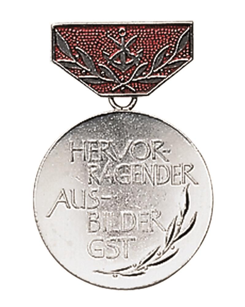 Medaile vyznamenání NVA GST AUSBILDE - stříbrná