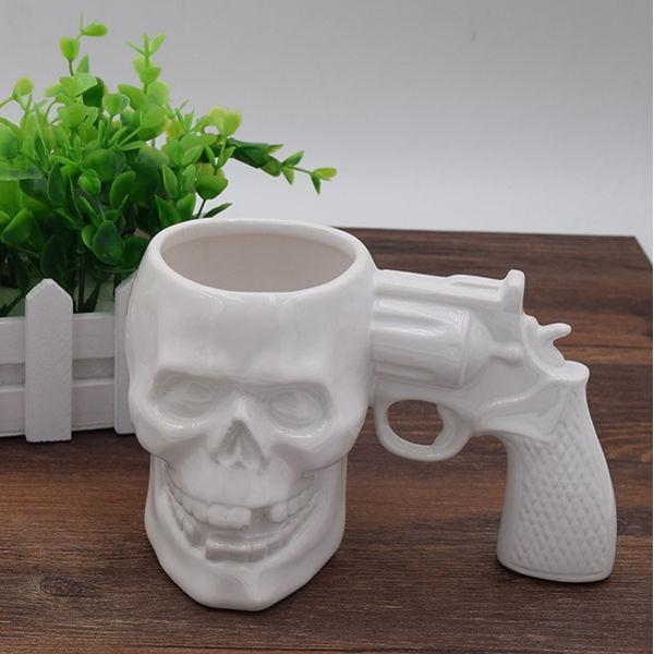 Hrnek revolver lebka - bílý